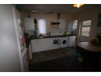 2/3 bed Hendon £300p/w