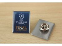 REDUCED TO ONLY £1 UEFA CHAMPIONS LEAGUE FINAL CARDIFF 2017 Commemorative enamel BADGE
