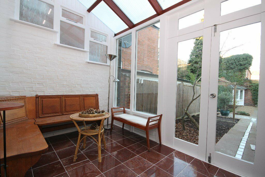 HUGE AND MODERN 3 BED GARDEN FLAT IN ANSON ROAD