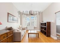 Stunning 4 double bedroom three storey house Moments from Ladywell village and Ladywell overground