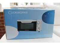 MINI OVEN - Cookworks - white - NEW boxed and unused