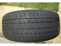 single tyre Toyo 215 50 17