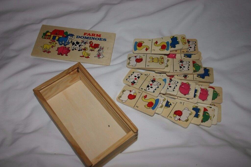 Wooden Farm Domino's