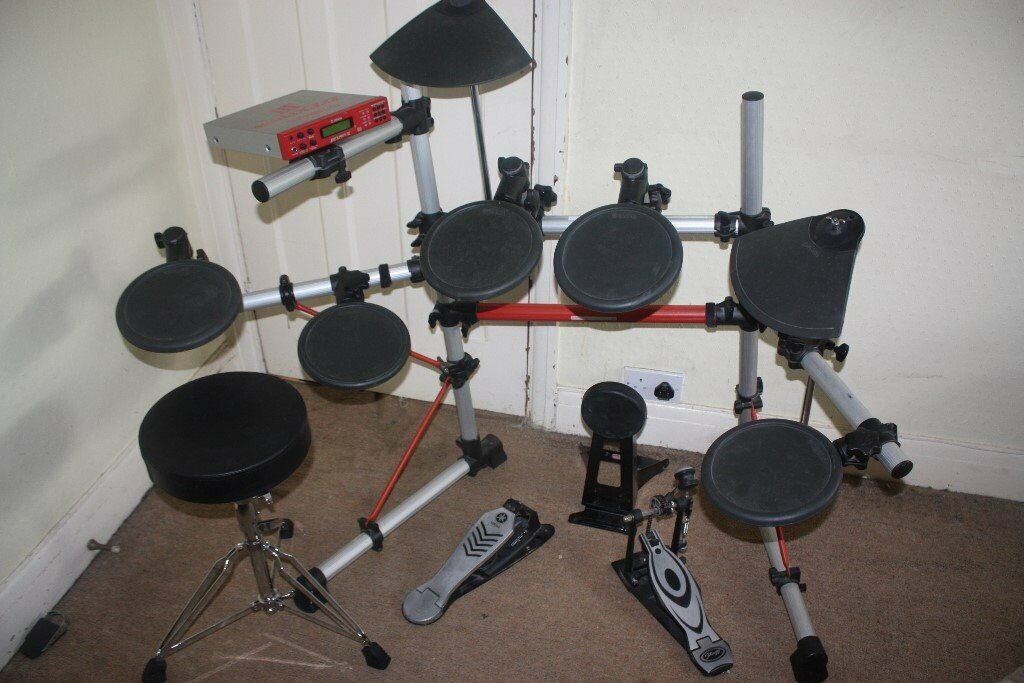 Yamaha DTXPRESS III Standard Electronic Drum Kit complete with Stool + Headphones and Drum Sticks