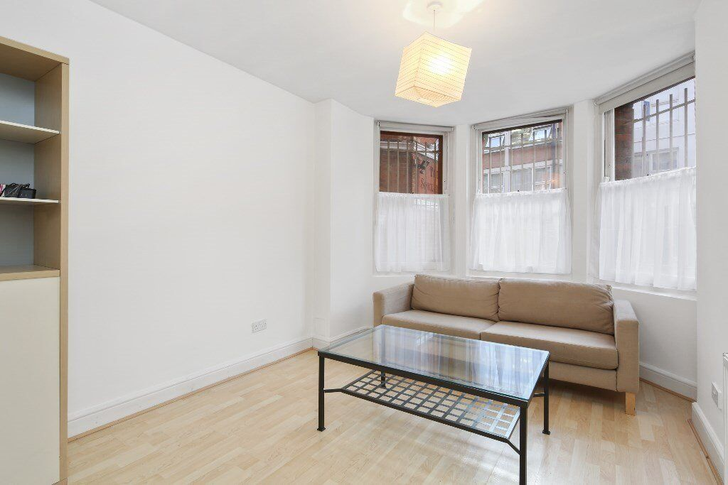 Lovely 2 bedroom flat to rent, close to Central Line