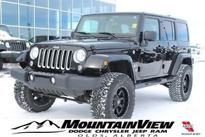2016 Jeep Wrangler Unlimited Sahara NAVIGATION!
