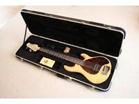 StingRay 5 Ernie Ball Music Man (Natural Gloss with Rosewood fretboard) £900 (2005 model)