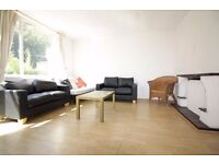 CALL NOW!! : BETHNAL GREEN E2 : SPLIT LEVEL 2 BED APARTMENT : FURNISHED CALL NOW