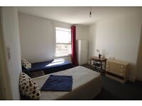 M/(2A) EXTRA LARGE TWIN ROOM IN FINSBURY PARK NEXT TO THE STATION FANTASTIC FLAT