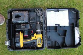 2 x Dewalt DC725 including Case, Charger and 2 batteries.
