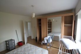 Double or twin room -Holloway/Archway
