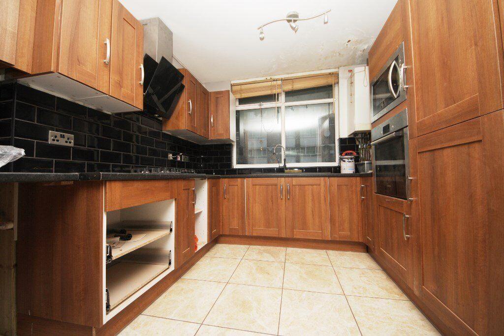 Very spacious 1/2 bedroom flat in Herne Hill
