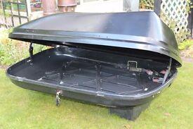a car topbox