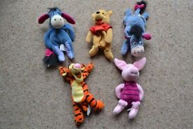FIVE (5) WALT DISNEY BEAN TOYS, PIGLET, EEYORE X2 , POOH, TIGGER IN EXCELLENT CONDITION