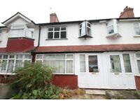 NEWLY DECORATED THREE BEDROOM HOUSE TO LET LOCATED CLOSE TO STATIONS, SHOPS & BUS ROUTES