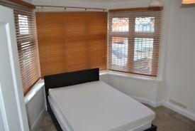 Large Double room.Hendon-Edgeworth Av.Parking.Bills inc!