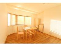 2 bedroom flat in Gilda Court, Watford Way, Mill Hill, NW7
