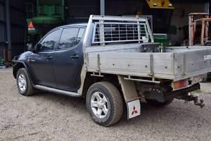 2008 Mitsubishi Triton dual cab tray ute Septimus Mackay Surrounds Preview