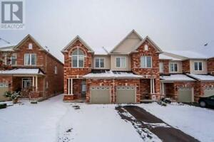 73 COURTLAND CRES East Gwillimbury, Ontario