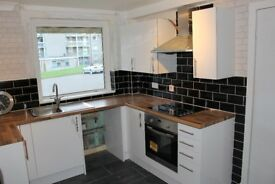 Unfurnished 2 bed own door ground floor flat, recently refurbished, on street parking, quiet area