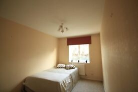 ONE WEEK DEPOSIT, LARGE DOUBLE ROOM, LOVELY HOUSE, 2 MINS FROM AMDEN TOWN