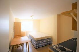 1 bedroom flat in Walworth Road, Elephant and Castle, SE1
