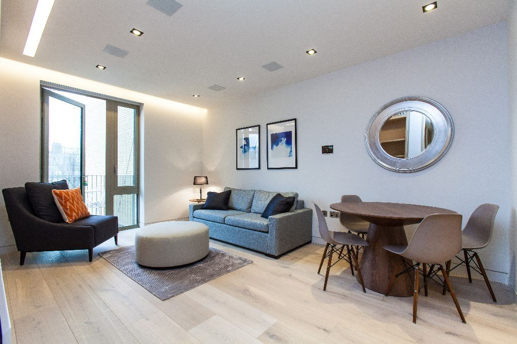 Fabulous one double bedroom apartment in the outstanding one tower bridge development - A must view