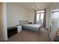 Double Room To Rent, Great Location!