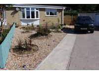 2 BEDS BUNGALOW FULLY FURNISHED FOR RENT, NEW DECORATIONS THROUGHOUT, GARAGE AND OFF ROAD PARKING