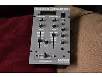 SILVER DWARF 2 CHANNELS MIXER WITH POWER ADAPTER