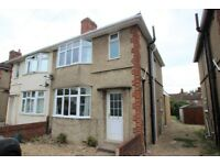 FIVE BEDROOM STUDNET HOUSE - AVAILABLE NOW