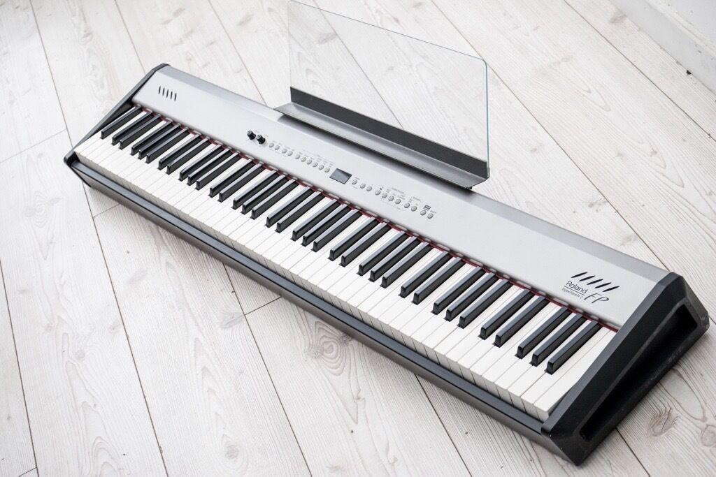Digital Piano Roland Fp 2 : roland fp 2 88 note progressive hammer action keyboard digital piano can deliver in sandwell ~ Vivirlamusica.com Haus und Dekorationen
