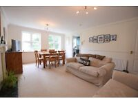 BEAUTIFUL 2 BEDROOM PROPERTY IN A GATED DEVELOPMENT AVAILABLE ASAP! PERFECT FOR COUPLE OR SHARERS!