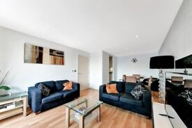 LUXURY 3 BEDROOM APARTMENT 2 BATHROOMS IN WESTGATE APARTMENTS E16 ROYAL VICTORIA CANARY WHARF