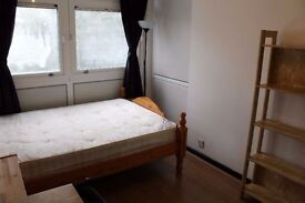 Fantastic Double Room Available Now In Shadwell - Call now to book your viewing!!!