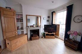 !!!AVAILABLE IMMEDIATELY!!! - 2 Double Bedroom Maisonette Flat - CAMDEN