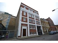 3 bedroom flat in Fairclough Street, London, E1