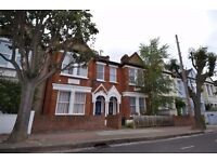 ***NICELY REFURBISHED 2 BED HOUSE WITH GARDEN CLOSE TO EARLSFIELD STATION+++++