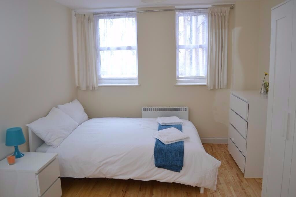 WOW!! This well located Double rooms in a 6 bedroom flat-share property situated in Kings Cros