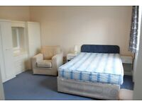 MA8 - Bright Quiet Furnished STUDIO FLAT (2nd Floor) with Separate Kitchen & Shower-Room in W14