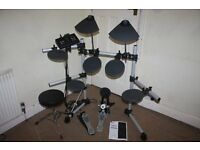 Yamaha DTX500 Electronic Drum Kit complete with Headphones + Stool (and even Drum Sticks)