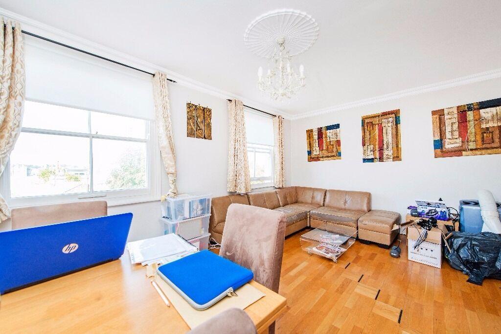 *Fabulous two double bedroom third floor, top floor flat to rent in St John's Wood £460pw/£1993pcm*
