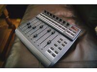 BEHRINGER BCF2000 B-CONTROL USB MIDI CONTROLLER MOTORISED FADERS