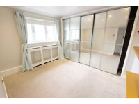 EN8 WALTHAM CROSS 1 Double Bed flat AVAIL NOW to let. Close to shops, amenities, Train, Buses, CALL