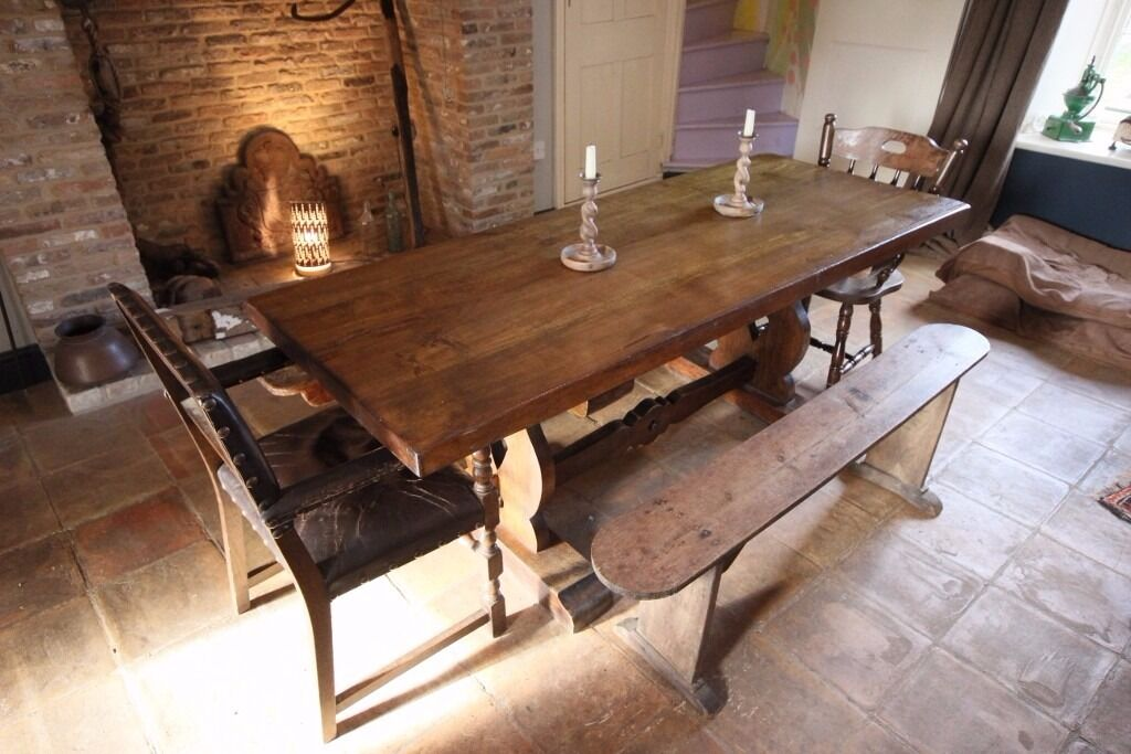 Vintage Solid French Oak dining table - lovely item. Seats up to 10 - Country farmhouse style