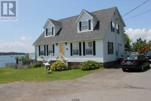 14 Ernest Street Saint Andrews, New Brunswick