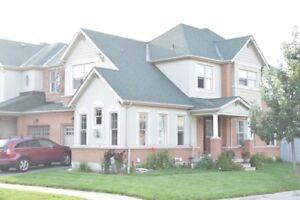 SINGLE FAMILY 3 BEDROOM CORNER HOUSE ON YONGE IN RICHMOND HILL