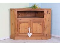 VERY LARGE SOLID PINE TV UNIT WAXED & RUSTIC - CAN COURIER