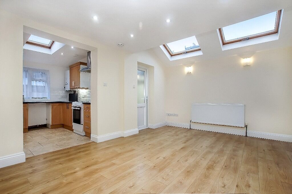 Recently refurbished... extended two double bedroom apartment completed in neutral colours