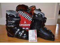 Dalbello Duoflex 509 Ski Boots with Atomic Bag - Size 4